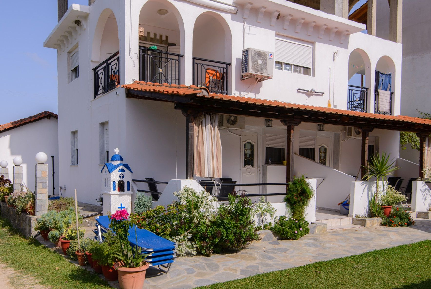 Studios and apartments Stelios Melissis in Toroni
